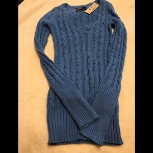 AE NWT Sweater